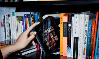10 Reasons Kindle eReaders Are Better Than Paper Books